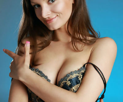 European glamour model Zhanet A rids cute bra and panty set to pose nude