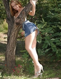 Teen hottie Debbie White stripping and showcasing her sexy body outdoor
