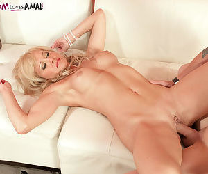 Hot mature mom Jenny Hamilton directs a younger man in how to please her