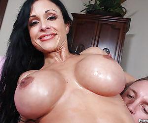 Older brunette lady Jewels Jade sucking cock after anal penetration