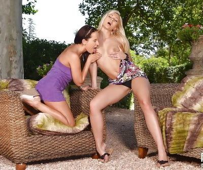 European milfs Eve and Tracy Lindsay have lesbian sex outdoor