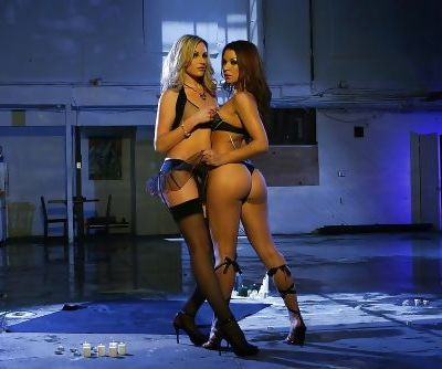 Ann Marie Rios & Samantha Ryan make some pussy licking and toying action