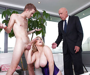 Ashley Downs gives a blowjob with ball licking and gets shafted hardcore
