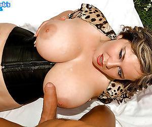 Chunky mature lady Jana giving hardcore tit fucking and blowjob outdoors