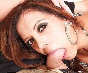 Latina mom Francesca Le giving head and taking cumshot in mouth