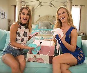 Stepmom Cherie DeVille & stepdaughter Uma Jolie change into bikinis before sex