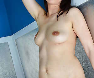 European mom Corazon Del Angel displaying hairy snatch after undressing