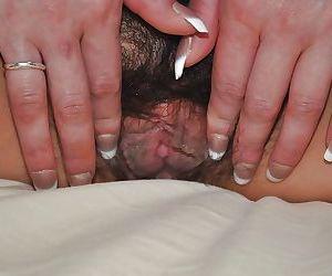 Svelte asian MILF Ryoko Matsuzaka has some pussy fingering and vibing fun