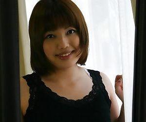 Lovely asian MILF Reiko Kawahara gets naked and enjoys pussy licking