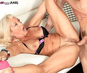 Hot mature Barbi Banks takes out her tits and receives a stiff shaft