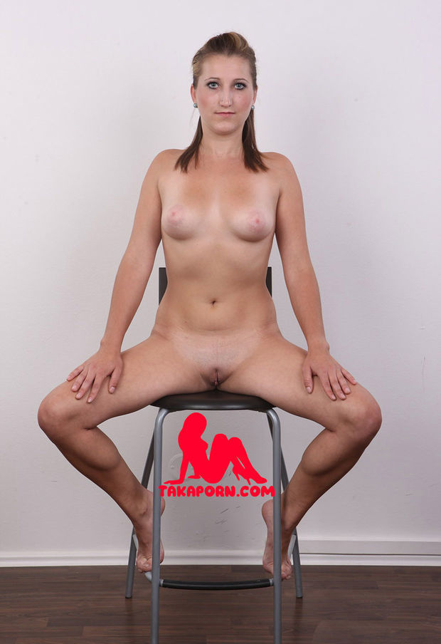 watch this brunette chick at the casting in our tube
