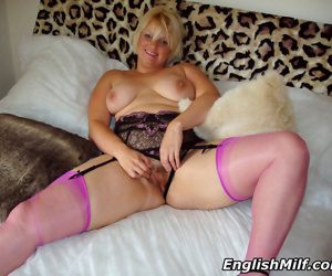 Curvy wife daniella english toying her hairy pussy in pink stock - part 1089