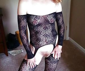 Selfies and home porn from a real milf - part 2720