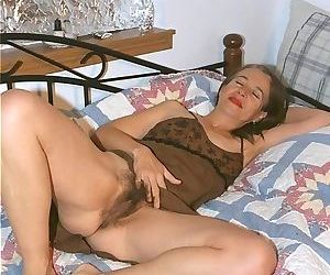 Hairy granny posing nude - part 1733