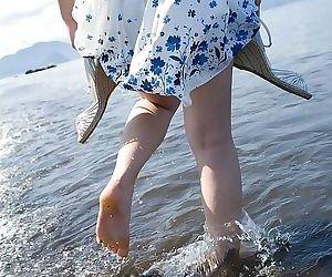 Japanese cutie saki koto showing tits at the beach - part 2343