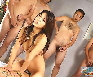 Hardcore av idol japanese saya in group sex - part 4747