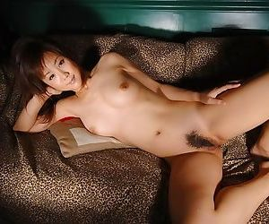 Horny japanese model maki shows off tits and pussy - part 3756