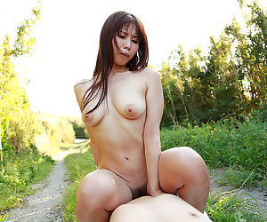 Curvy japanese girl fucked outside the fence - part 4114