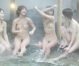 Photo collection of a horny asian gfs - part 2569