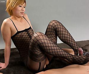 Asian legs fetish - part 3160