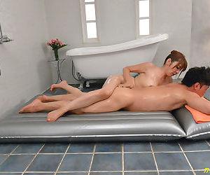 Bathing and fucking a beautiful japanese woman - part 4154