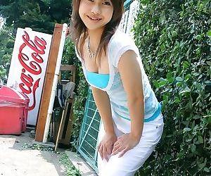 Japanese babe ayumi motomura showin ass in panties - part 1731