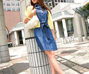 Japanese girl upskirt oudoor - part 2810