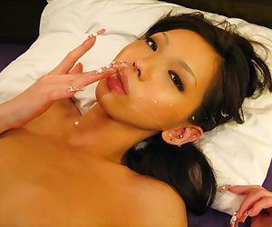 Beautiful japanese pussy on this babe - part 4616