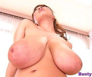 Several vibrators touching hitomi tanaka natural giant boobs - part 3534