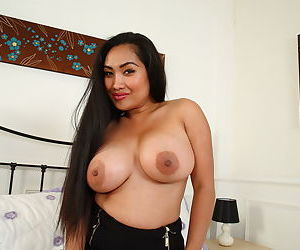 Cute asian housewife shows off her big tits - part 892
