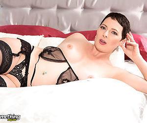 Sexy mature pornstar kali karinena spreading in black stockings - part 1576