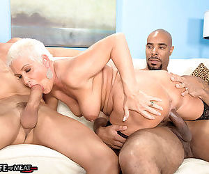 Mature trinity powers goes wild by fucking in anal threesome act - part 1467