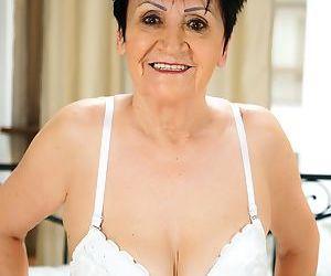 Grannys white lingerie - part 2518