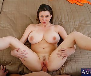 Sara stone was on her feet during a long, hard day. luckily, she has a husband w - part 3106