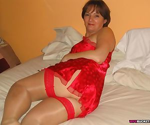 Hot fucking with a real mature housewife - part 2314