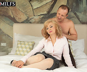 Blonde matur babe veronique gets ass fucked - part 12