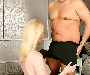 Suzie stone bigboobs blonde in stockings fucking hard - part 10