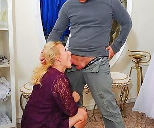 Petra eagle mature blonde in boots fucks with guy on a floor - part 2