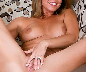 Niki long sexy legs - part 15