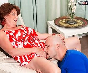 Horny granny try younger cock in her older pussy - part 3900