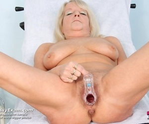Mature dorota having pussy gyno speculum checked at gyno office - part 2889