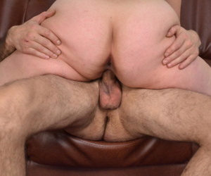 Cock sucking mature slut - part 1763