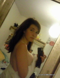 Selection of a busty cutie posing sexy while camwhoring - part 4952