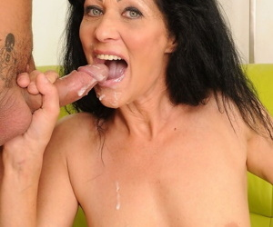 Sexy mature granny Regina gets creampie and a sticky facial from virile dick