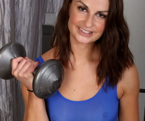 30 plus lady Alice Jensen uncovers her tiny tits while disrobing after workout