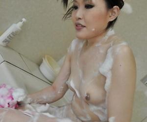 Fuckable asian MILF with tiny tits Kazue Yabuta taking bath