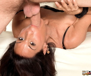 Older cougar Cheryl Conner receives mouthful of semen after blowing young guy