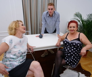 Old housewives swap cum after anal sex with a younger gentleman