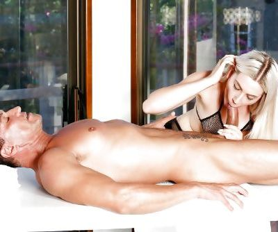 Sexy blonde slut Niki Snow has her hairy cunt plugged with a big cock