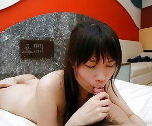 Asian MILF gives a sensual blowjob and enjoys passionate twatting